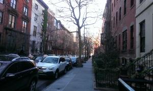 W 10th Street